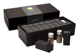 Gewürzbox / Adventskalender mit 24 Gewürzen und - mischungen in Glasdosen. (1,8kg schwer) - der perfekte Adventsbegleiter für jeden Koch - 1