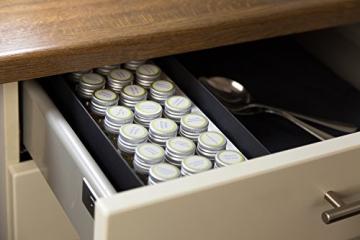 Gewürzbox / Adventskalender mit 24 Gewürzen und - mischungen in Glasdosen. (1,8kg schwer) - der perfekte Adventsbegleiter für jeden Koch - 5