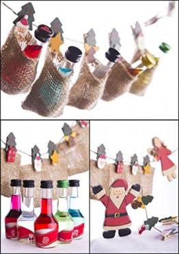 Likör Adventskalender (24 Jutesäckchen - 24 Flaschen - 24 Sorten) | (24x 20 ml) | verschiedene Likörsorten in weihnachtlicher Aufmachung | Geschenkidee zu Weihnachten -